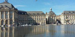 Place De La Bourse E Miroir D Eau